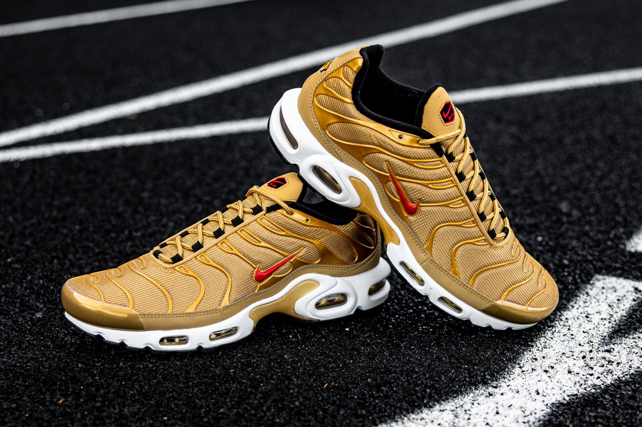耐克Nike Air Max Plus Metallic Gold套装限量发售