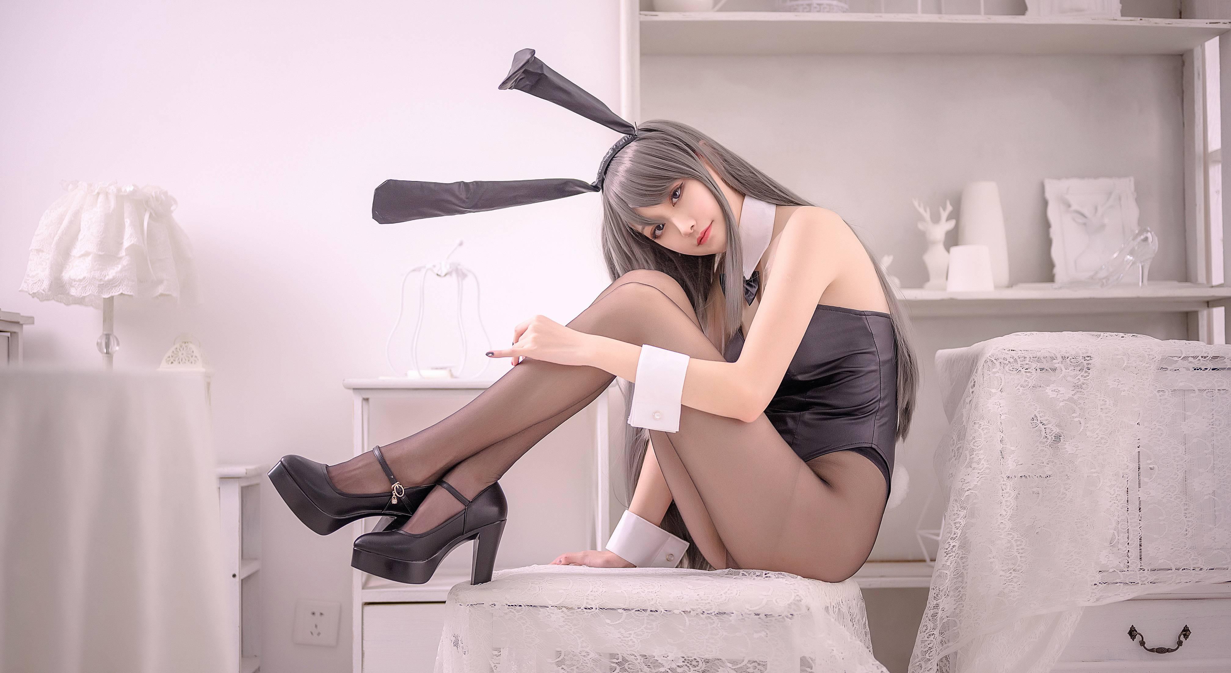 沧霁桔梗樱岛麻衣兔女郎COS写真,长腿学姐的温柔