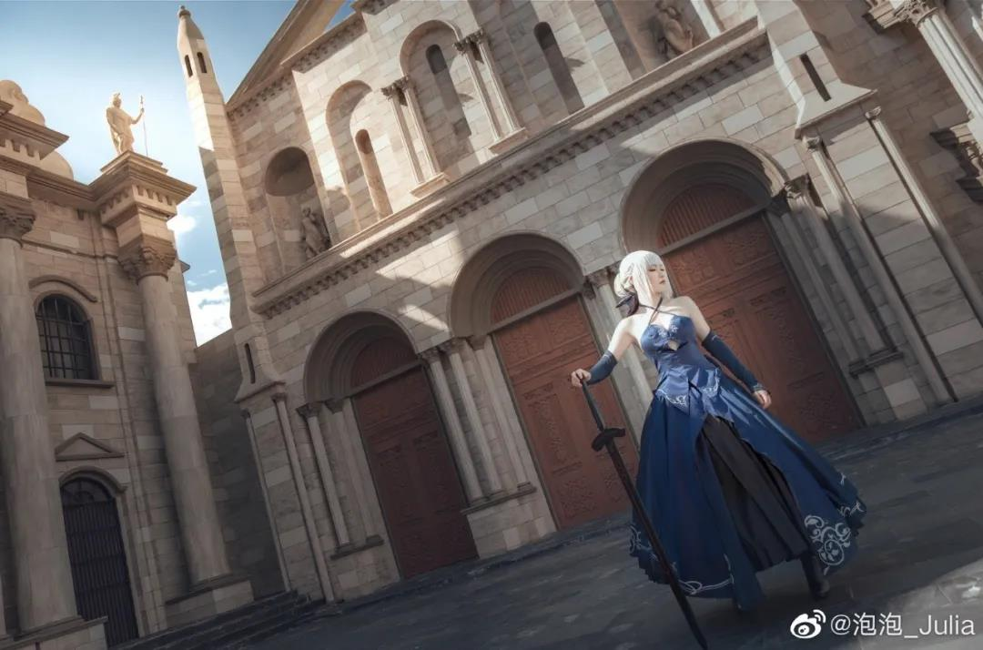 泡泡_Julia阿尔托莉雅COS写真,要做我的御主吗