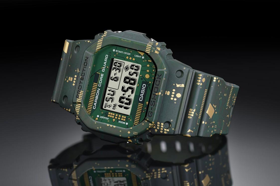 卡西欧(CASIO)的G-SHOCK DWE-5600CC可更换边框及表带