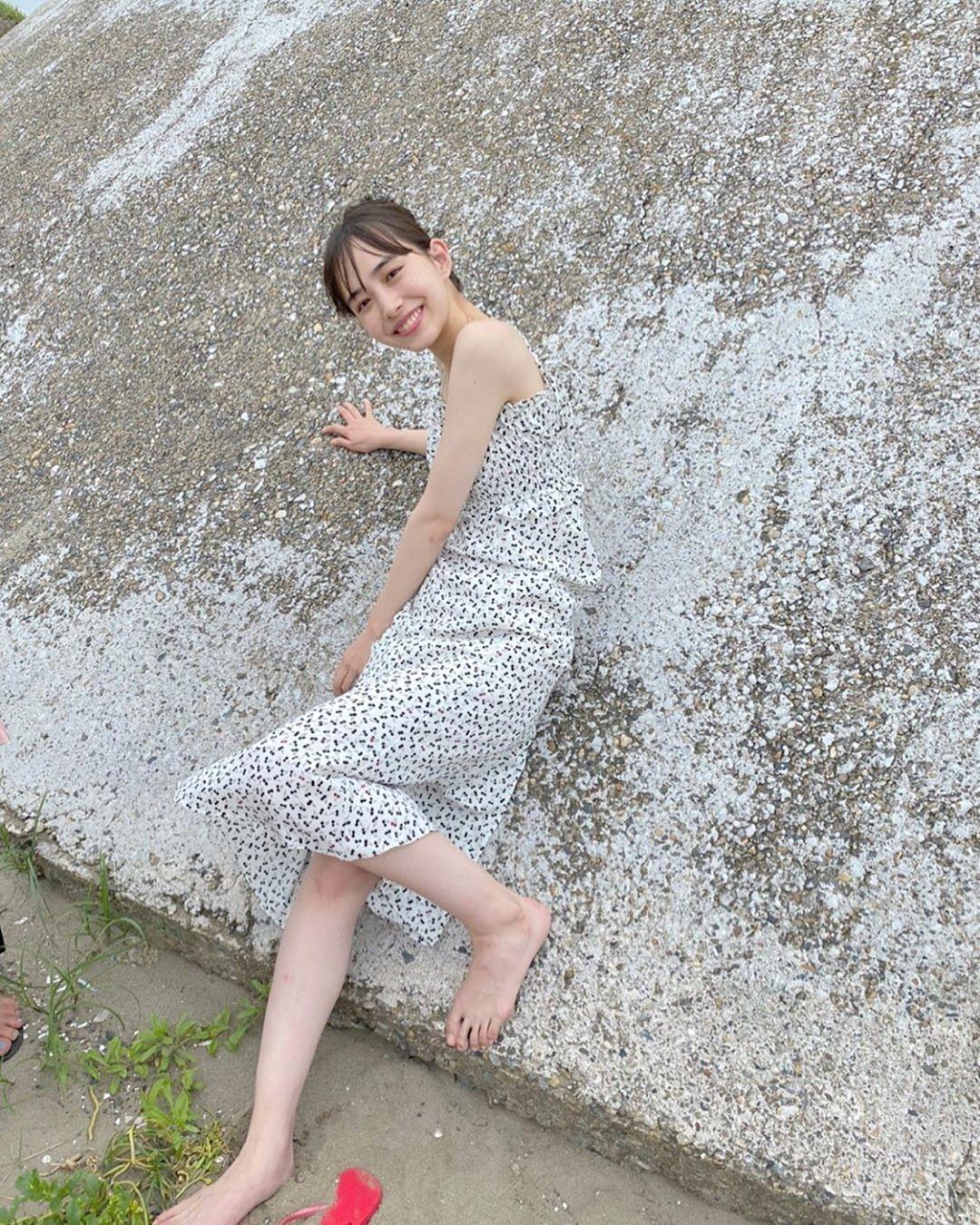 井桁弘惠个人资料简介,清纯灿笑仙气十足