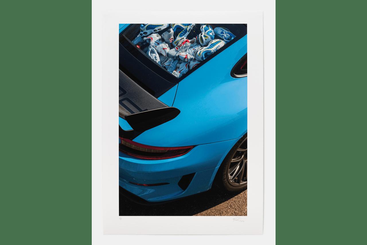 Julien Boudet最新发布的保时捷GT3 RS与Nike Air Max Tailwind IV搭配