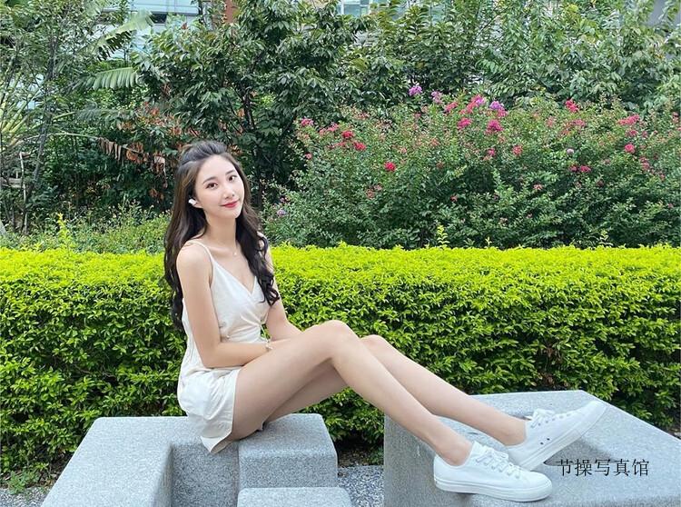 长腿美女@Wendy宛璇热情展露火辣胴体性感撩人